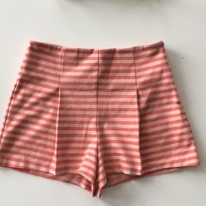 Free People high waisted shorts. Small